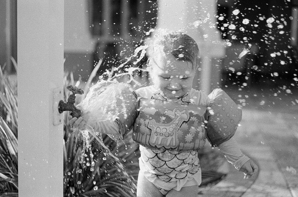 Pool-Day-Leica-MA-TriX-21.jpg
