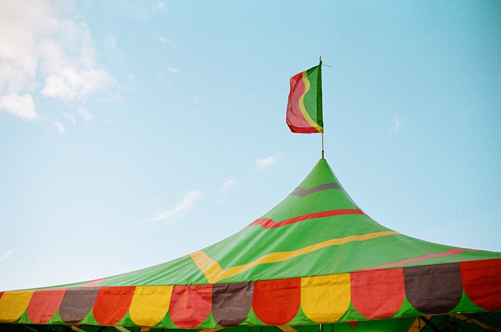10-Sarasota-Carnival-Leica-M6-23.jpg