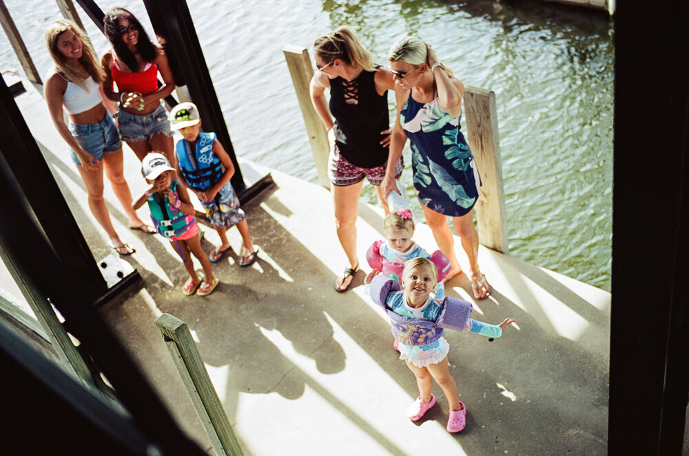 38-Boating-Friends-Leica-M6-30.jpg