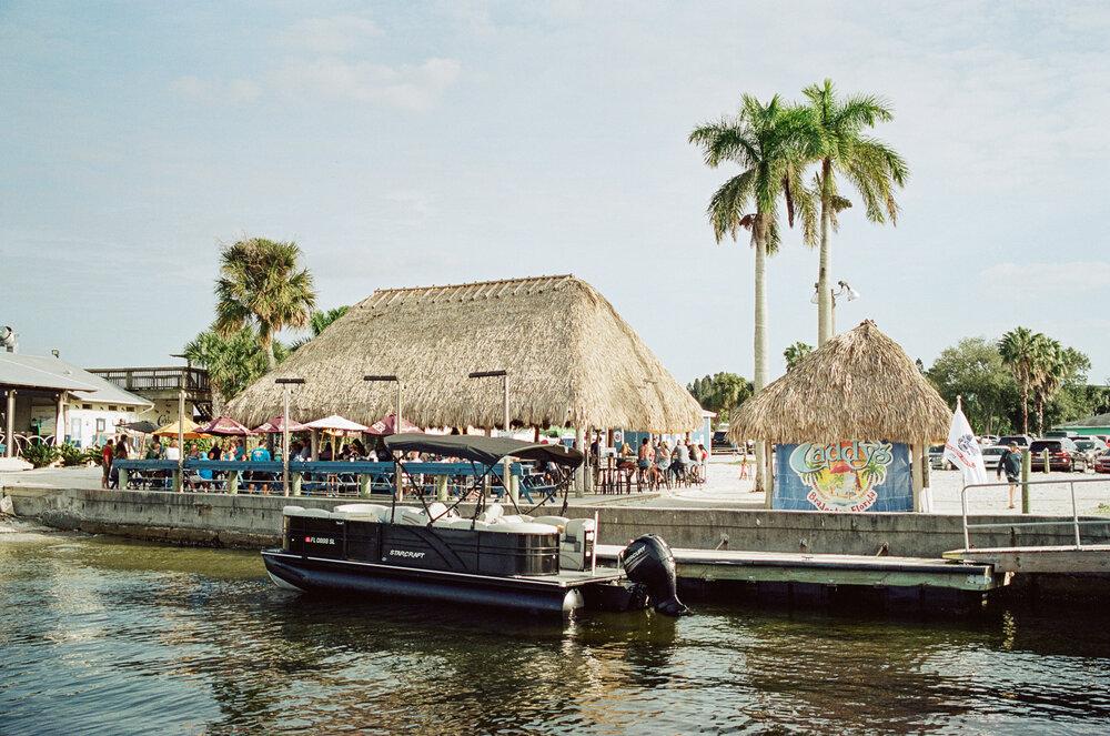 11-Boating-Friends-Leica-M6-4.jpg
