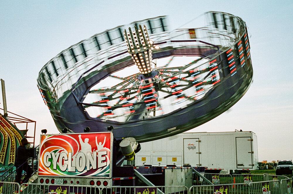 06-Sarasota-Carnival-Leica-M6-6.jpg