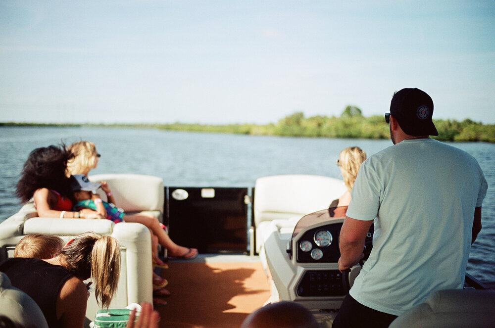 01-Boating-Friends-Leica-M6-25.jpg