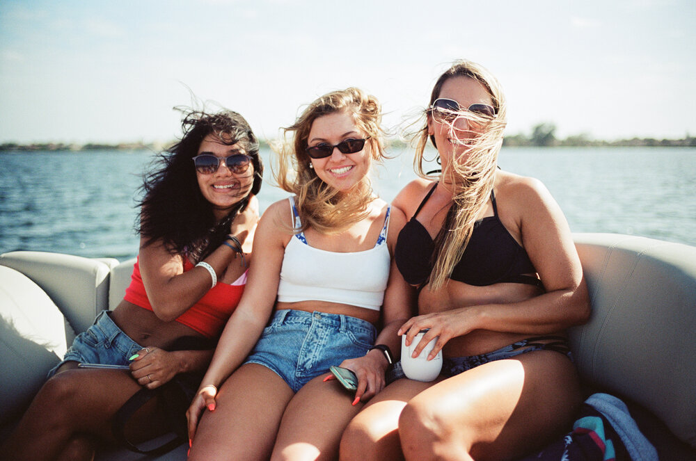 03-Boating-Friends-Leica-M6-20-Edit.jpg