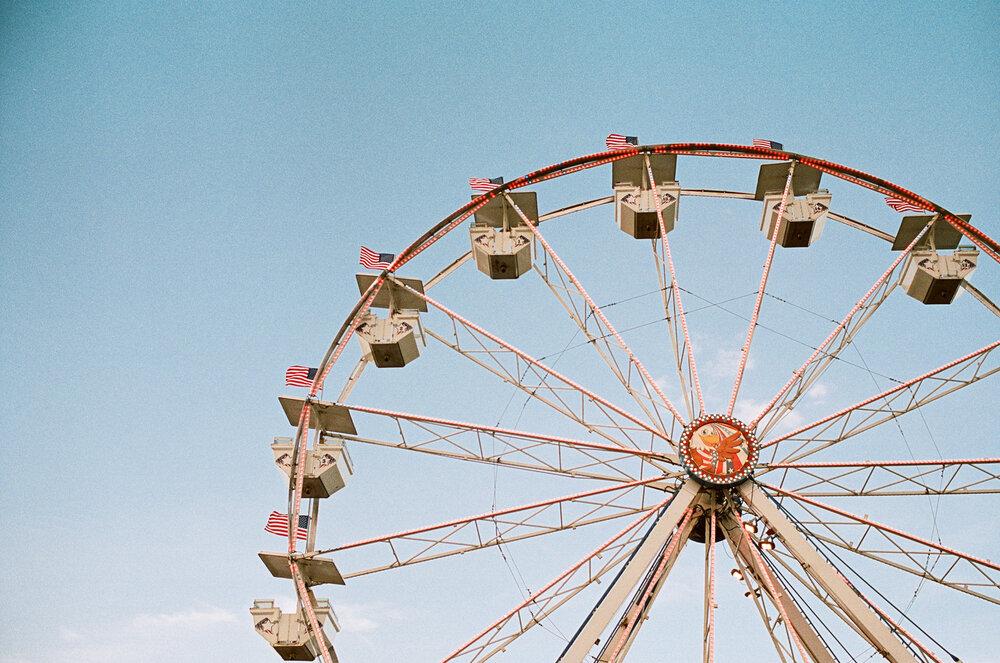 12-Sarasota-Carnival-Leica-M6-37.jpg