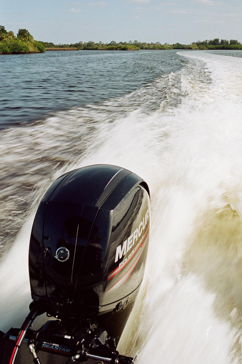 09-Boating-Friends-Leica-M6-24.jpg
