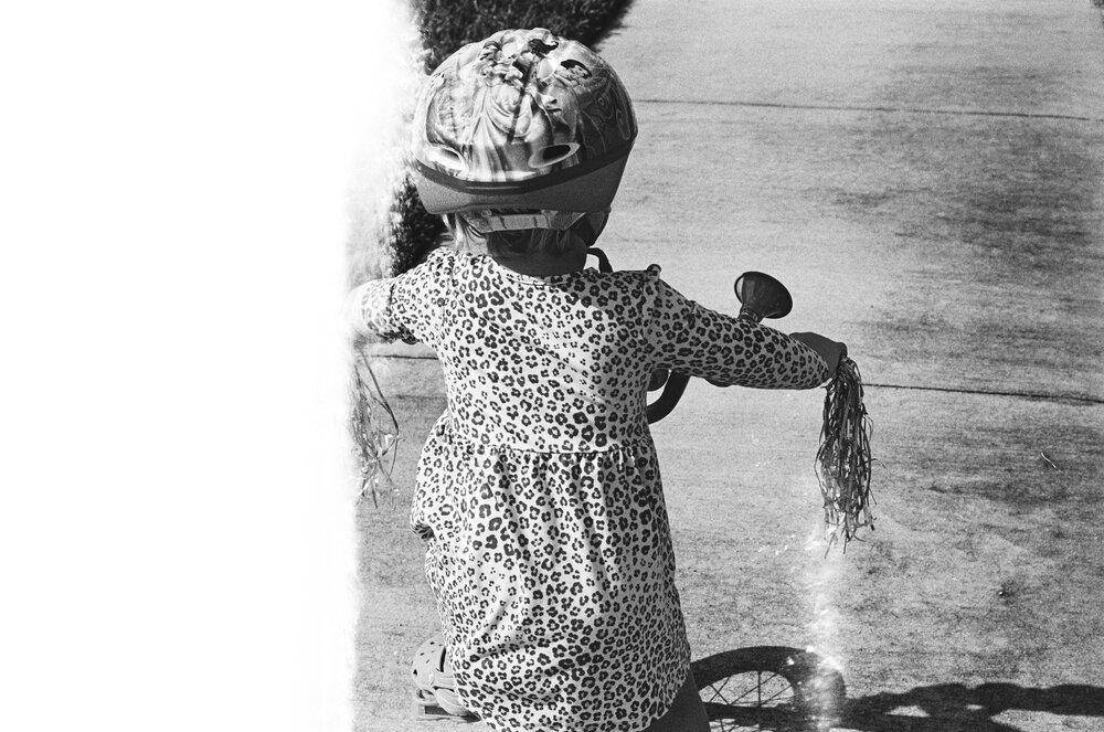 Kids-Home-Pool--Beach-B&W-Leica-M6-39.jpg