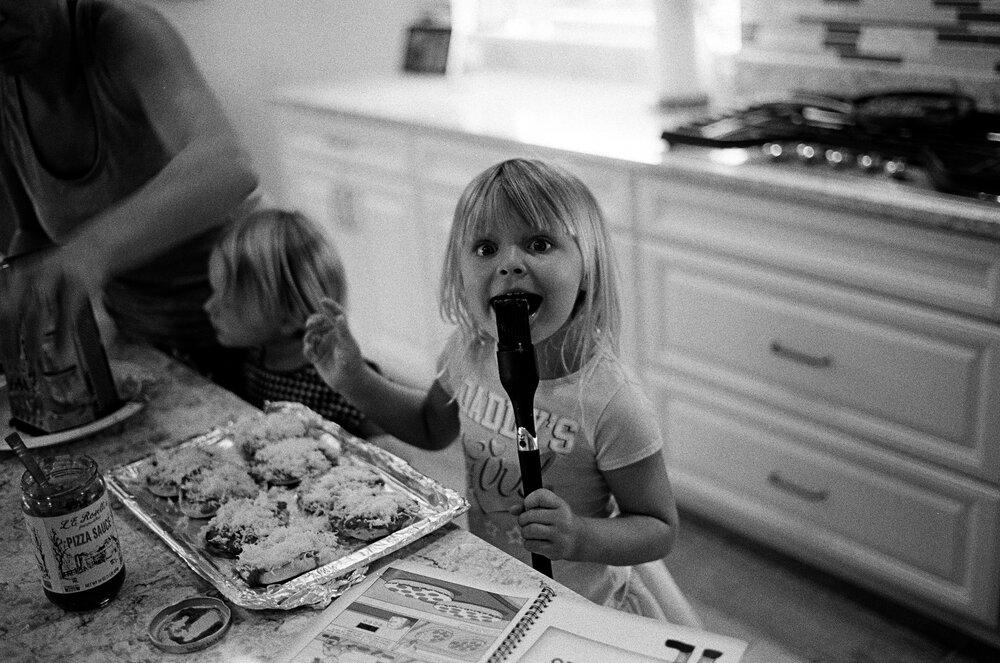 Kids-Home-CoVid-B&W-Leica-M6-21.jpg