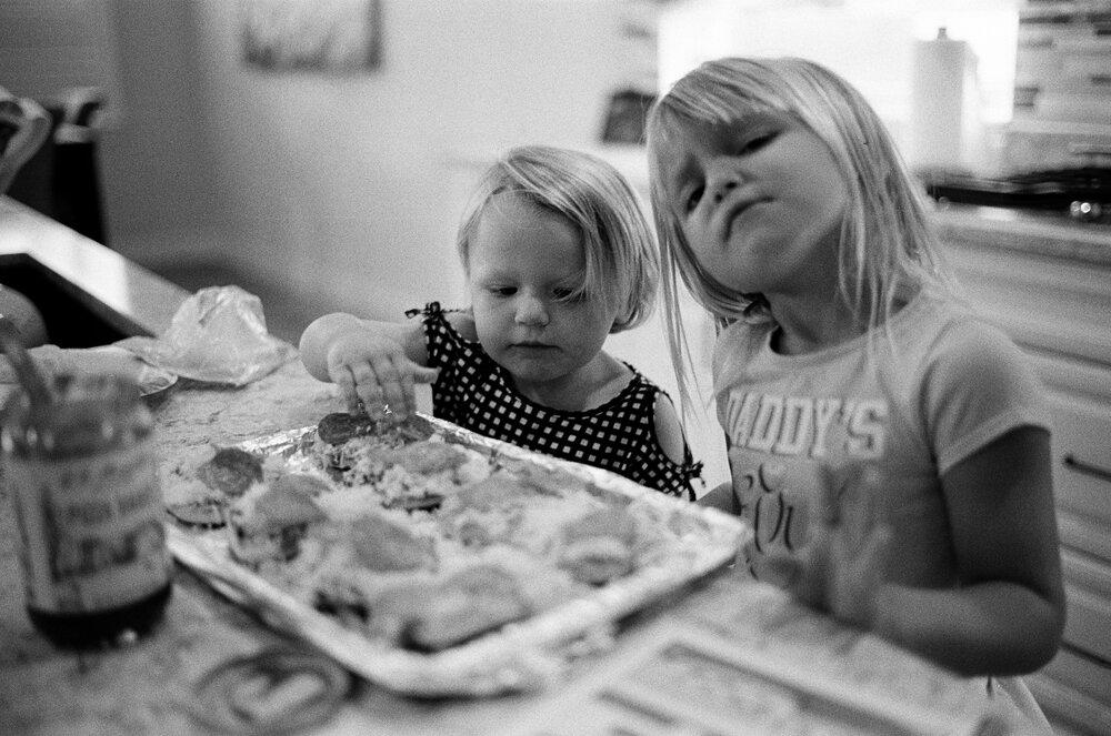 Kids-Home-CoVid-B&W-Leica-M6-18.jpg