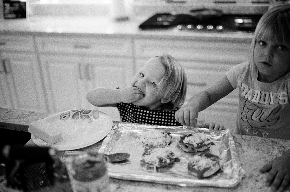 Kids-Home-CoVid-B&W-Leica-M6-23.jpg