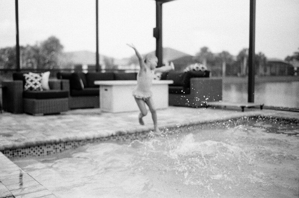 01-Leica-M-A-Kids-Misc-Grandma-Pool-72.jpg
