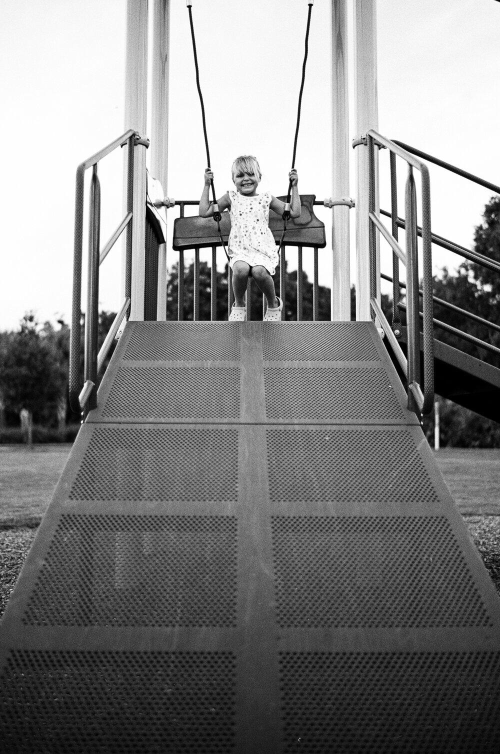 04-Leica-M-A-TMAX-Test-Kids-Park-Wendy-9.jpg