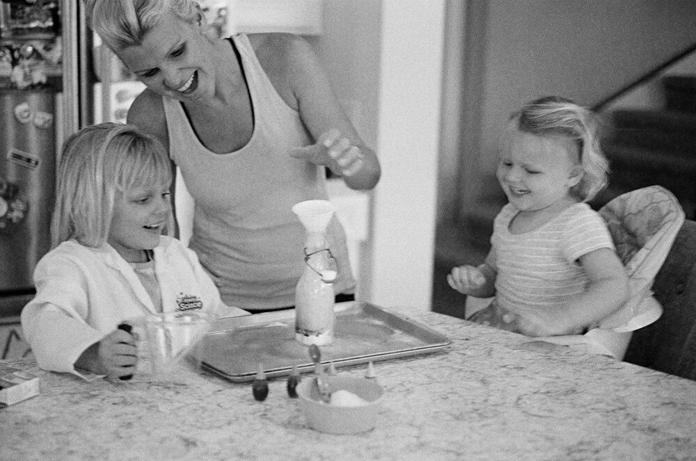 01-Leica-M-A-Kids-Chemistry-Ellie-Smiles-5.jpg