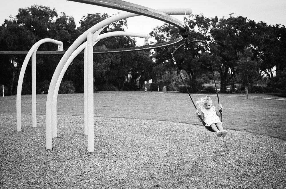 02-Leica-M-A-TMAX-Test-Kids-Park-Wendy-6.jpg