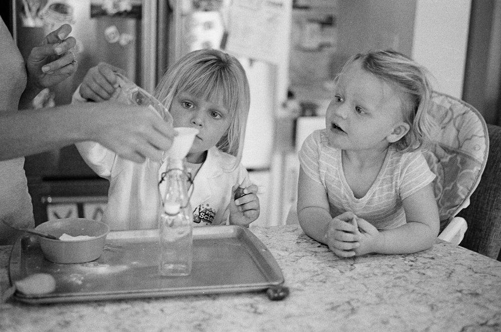 03-Leica-M-A-Kids-Chemistry-Ellie-Smiles-3.jpg