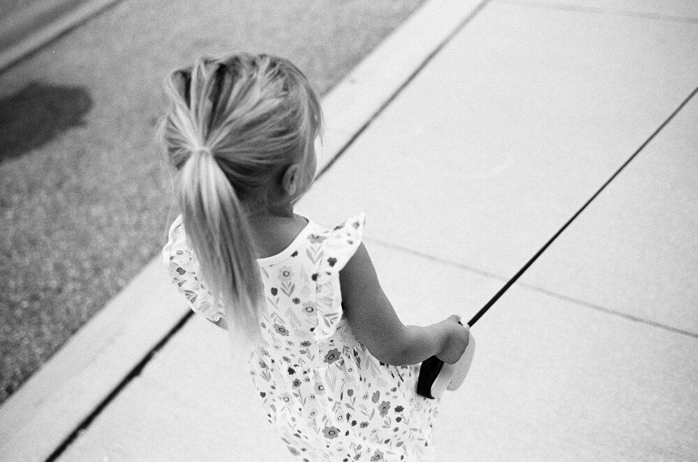 03-Leica-M-A-TMAX-Test-Kids-Park-Wendy-16.jpg