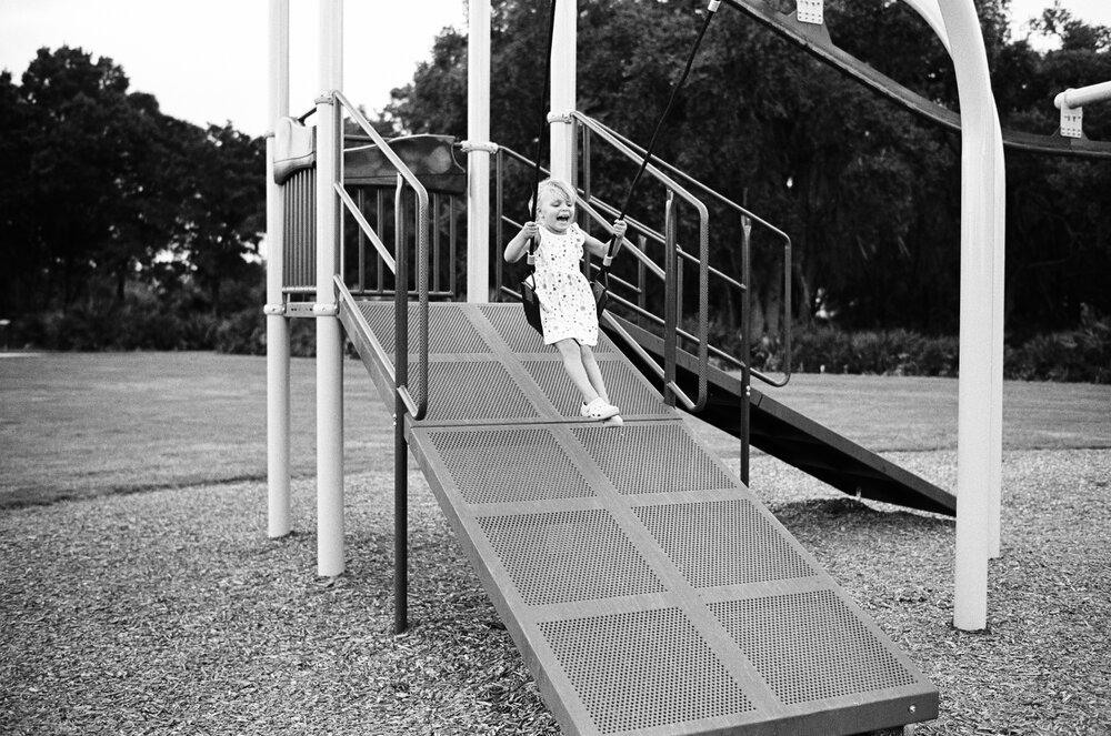 03-Leica-M-A-TMAX-Test-Kids-Park-Wendy-8.jpg